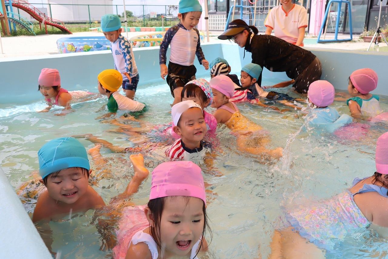 プール遊び〈7月〜8月〉