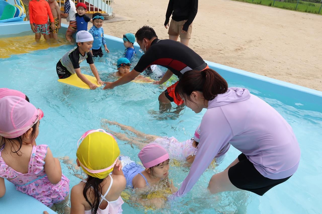 7月中旬 プール遊び